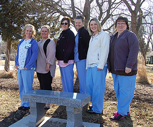 auxiliary-donates-bereavement-bench
