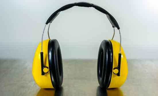 gifts-for-health_headphones